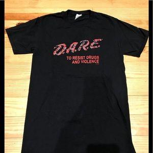 Tops - DARE T-shirt Sz Small
